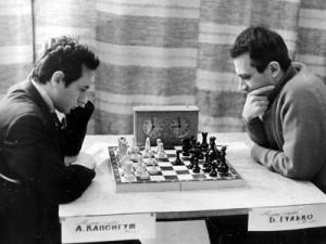 Борис Гулько играет  с Альбертом Капенгутом