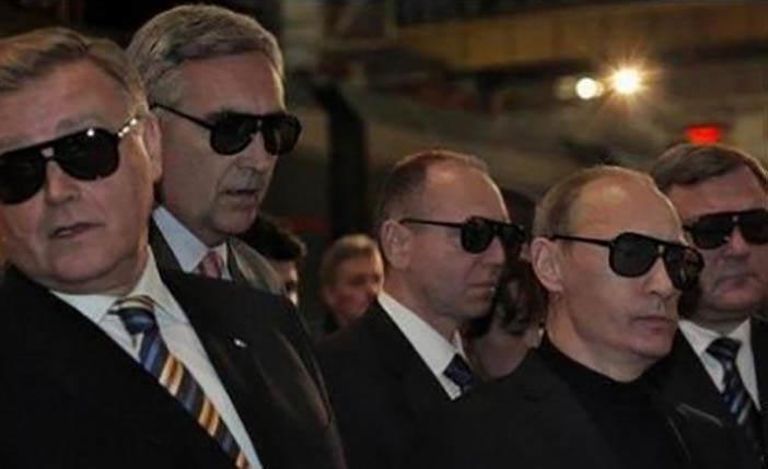Президент Владимир Путин со своей командой