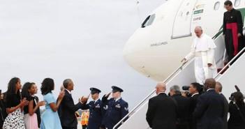Встреча папы Франциска  на авиабазе Эндрюс