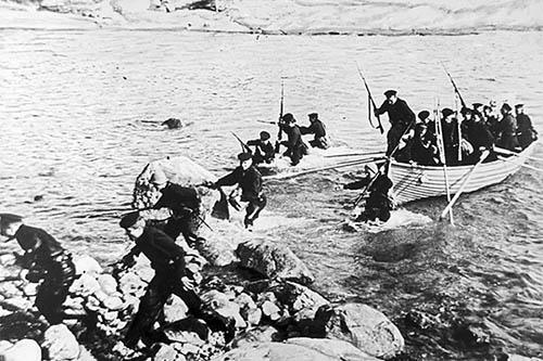 Высадка десанта морской пехоты на Малую Землю