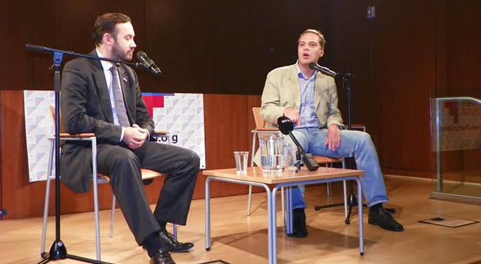 Илья Пономарев и Владимир Милов. Фото автора