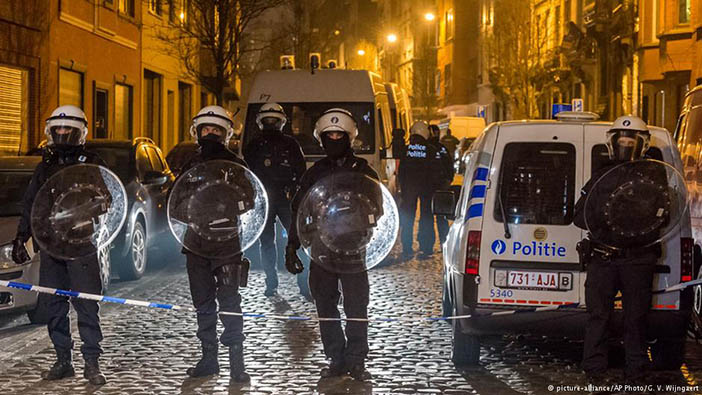 Полиция на месте задержания Салаха Абдесалама в Брюсселе