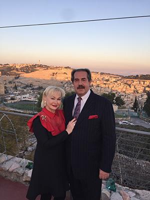 С супругой Ольгой на холмах Иерусалима