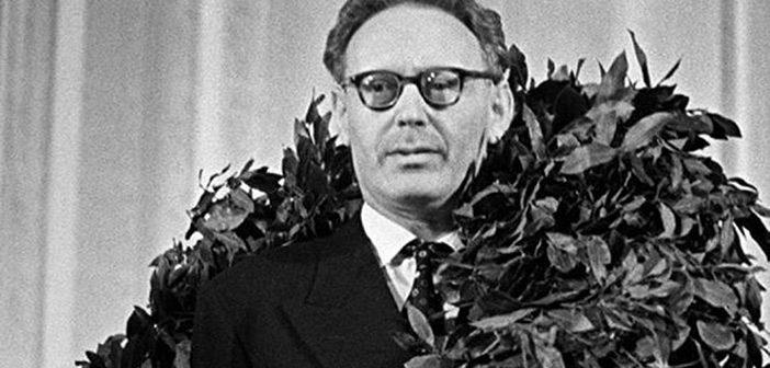 Михаил Ботвинник, увенчанный лаврами