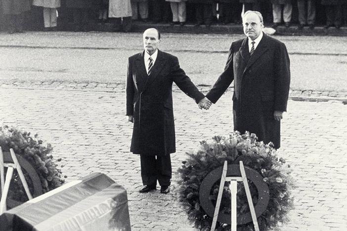 Гельмут Коль и Франсуа Миттеран в Вердене, 1984 год