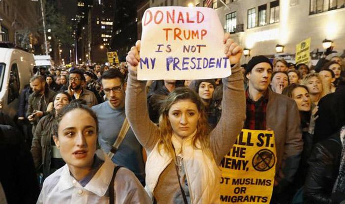 Недовольные победой Трампа вышли на акции протеста