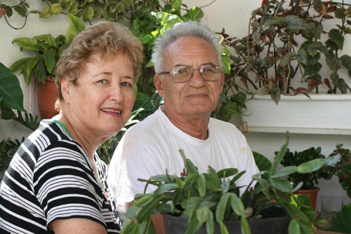Моше с женой Рахелью