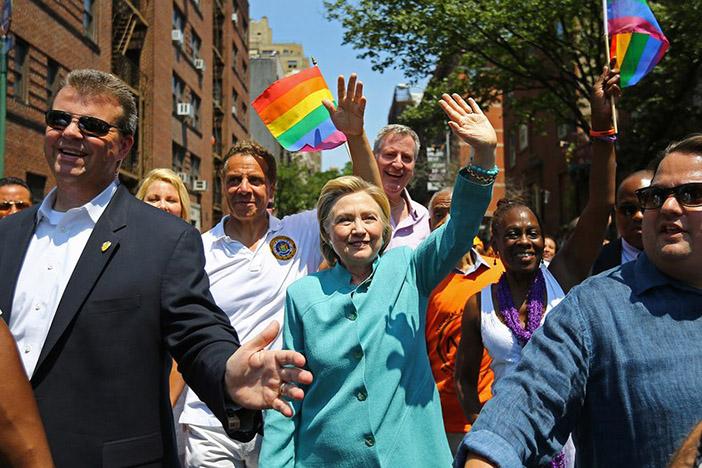 Хиллари Клинтон на гей-параде в Нью-Йорке