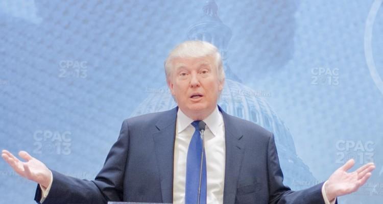 trump-hands-up