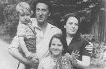 Переделкино, 1976 год. Жена Тата, дочь Таня, сын Эмиль