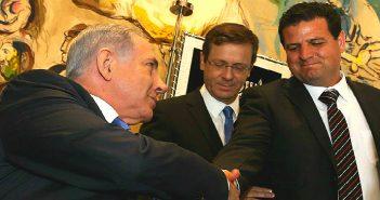 ПМ Б.Нетаниягу, лидер оппозиции И.Герцог, глава Объединенного арабкого списка А.Уда.
