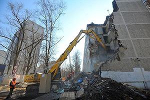 Снос вМоскве пятиэтажек– «Ломать– не строить, душа не болит»?