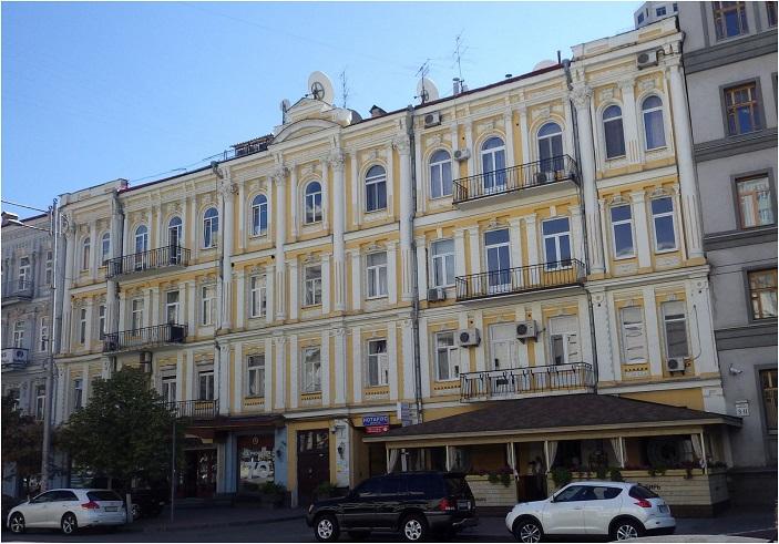 Дом по улице Жилянской, в котором жил главный раввин Киева