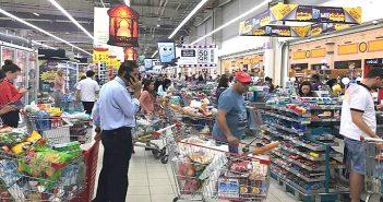 Катарцы готовятся держать блокаду - Иран подкинул продовольствия