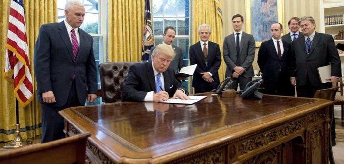 49-й указ президента: «Трампокер» против «Обамакер»