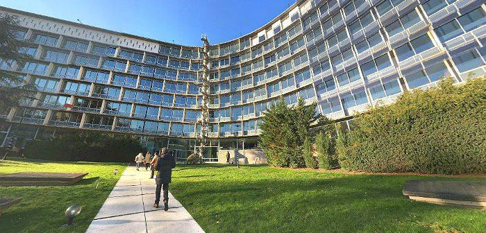 Здание UNESCO в Париже. Фото Google
