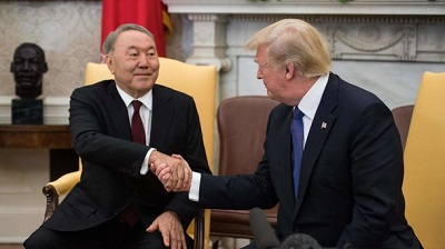 Нурсултан Назарбаев и Дональд Трамп демонстрируют дружеское расположение
