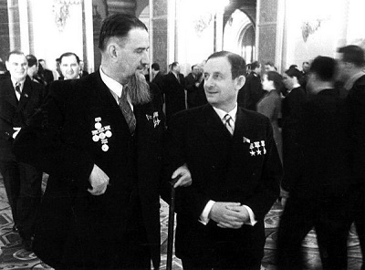 И.В. Курчатов и Ю.Б. Харитон