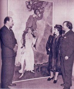 Пьер Матисс и Белла и Марк Шагал на 1-й персональной выставке художника