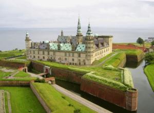 Фото 4. Замок Кронборг (современный вид замка после реставрации)
