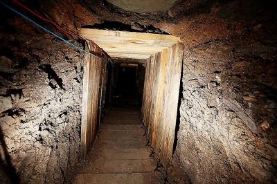Туннель для контрабанды наркотиков