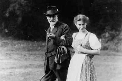 Анна Фрейд с отцом. Фото:АиФ