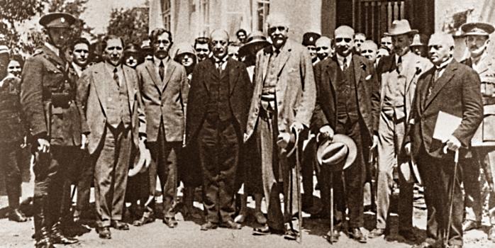 Х.Вейцман встречает лорда Бальфура в Тель Авиве. 1925