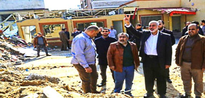 Главарь ХАМАС Исмаил Ханийя бодрячествует на развалинах своего оффиса наутро после израильской бомбардировки. Март 2019
