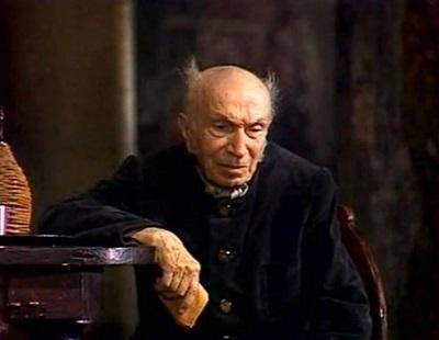 В роли уездного лекаря Христиана Ивановича Гибнера в спектакле Театра сатиры «Ревизор» (1982)