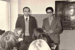 Инженер Александр Гофман и профессор Фрунзенского политехнического института, будущий президент республики Аскар Акаев (80-е годы ХХ века)