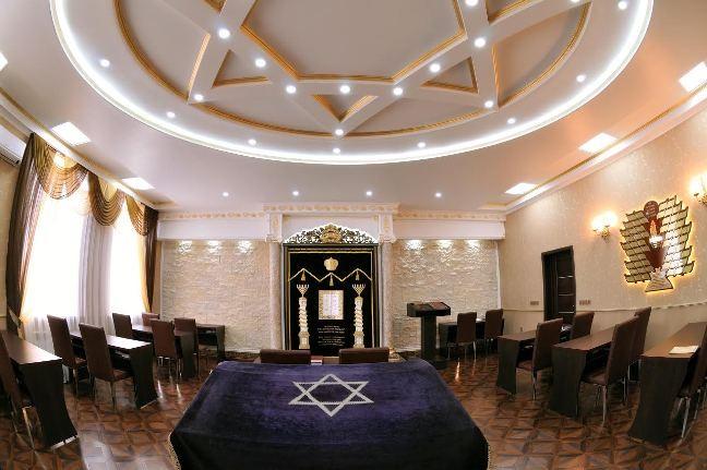 Зал новой Бишкекской синагоги