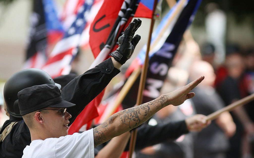 nazi-rally-participants-1024x640