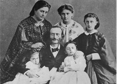 Жак Оффенбах с семьей. Фото: Soundtimes.ru