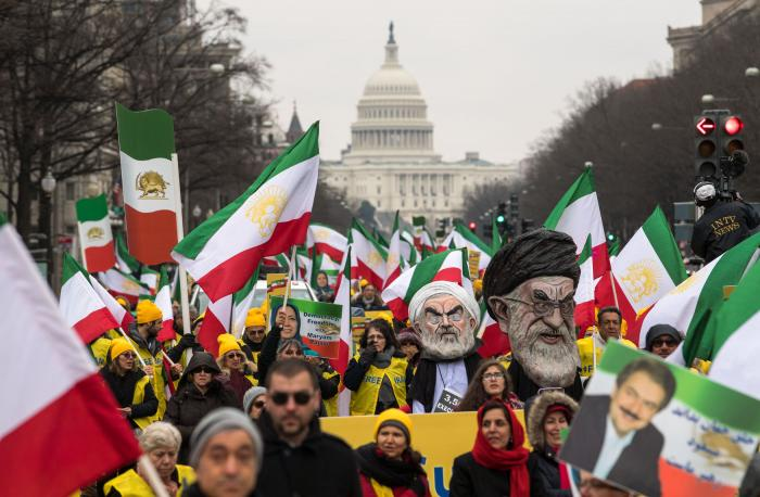 Demonstrators-rally-in-support-of-regime-change-in-Iran_1_1