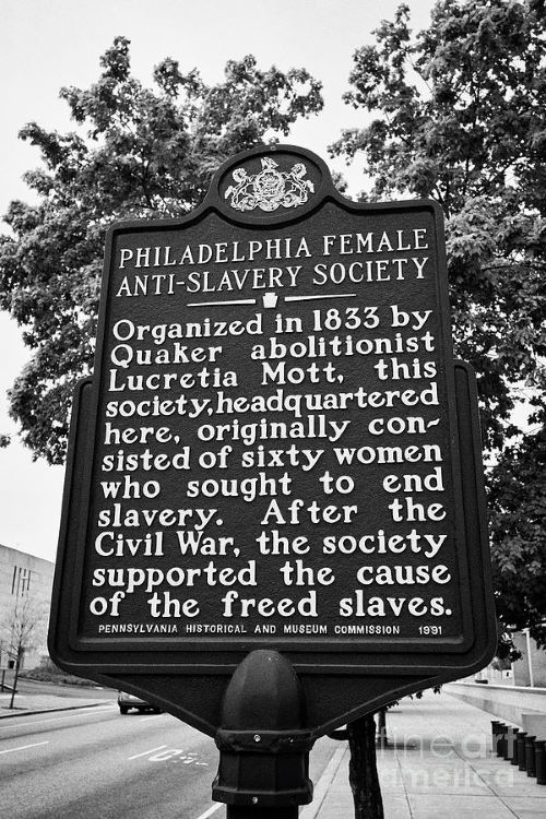20 July - resized 2 - signpost-commemorating-philadelphia-female-anti-slavery-society-and-lucretia-mott-usa-joe-fox