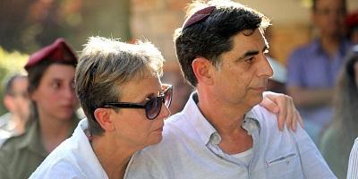 Симха и Лея Голдин — родители погибшего солдата ЦАХАЛа Адара Голдина. Фото; israelhayom.com