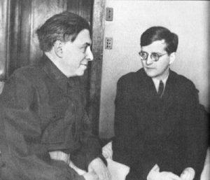 Илья Эренбург и Дмитрий Шостакович. Фото: e-reading-lib.com