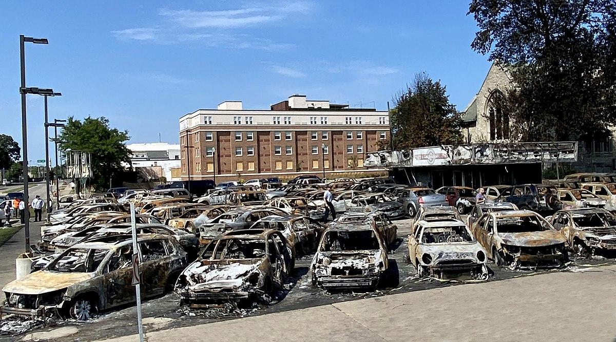 Car_Source_Kenosha_Burned_out_car_lot