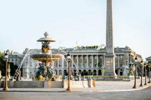 Памятник герою войны генералу Шерману, фонтаны. Фото: Shutterstock