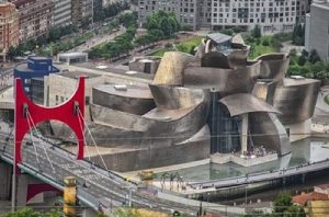 Музей Гуггенхайма Бильбао. Фото: luxurytraveladvisor.com