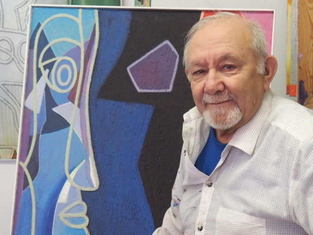 На снимках: художник в своей мастерской; Фото из личного архива художника.