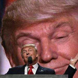 Трамп и маленькие остальные  людишки