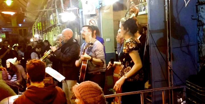 Музыканты на базаре Маханэ Иегуда
