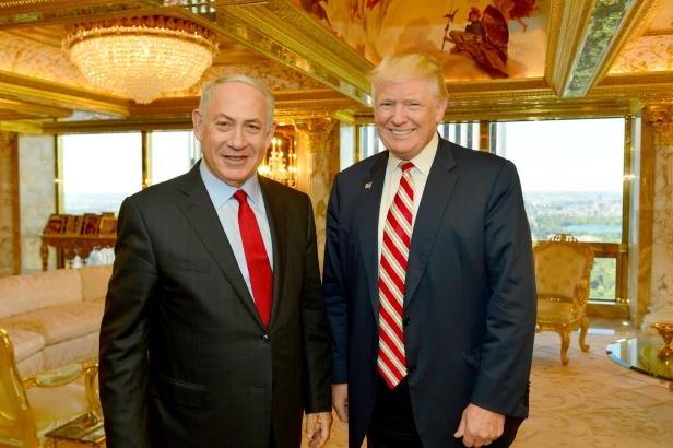 israeli-prime-minister-benjamin-netanyahu-r-stands-next-to-republican-u-s-presidential-candidate-don_156439_