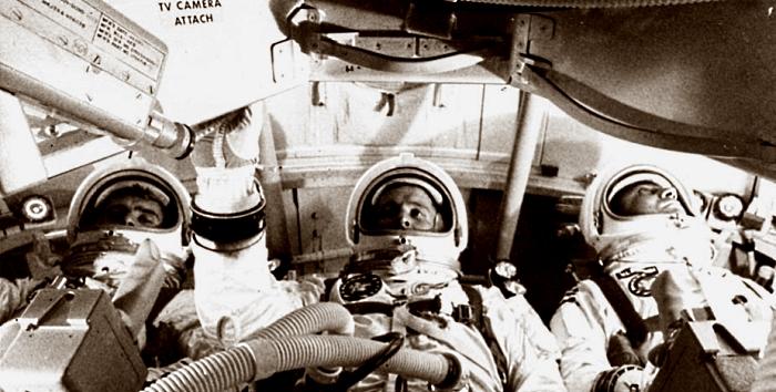 Экипаж Аполлона-8 (слева направо): Уильям Андерс, Фрэнк Борман и Джеймс Ловелл