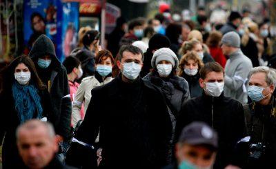 ljudi-v-medicinskih-maskah